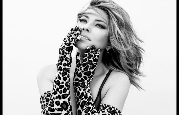 Shania Twain Opens Up On Struggle With Lyme Disease