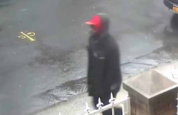 Creep wanted for sexually assaulting teen at knifepoint