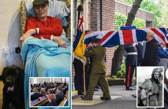Hundreds attend funeral of WW2 RAF veteran who died without relatives after appeal for mourners goes viral