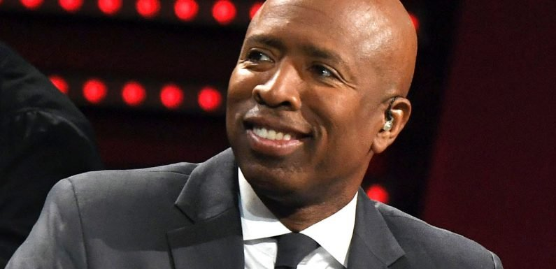 Ernie Johnson, Barkley and Shaq give Kenny Smith advice for Knicks interview