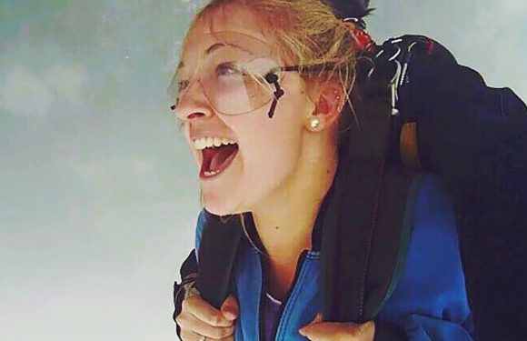 'Holy s–t I'm about to die': Rookie skydiver realizes her chute isn't opening