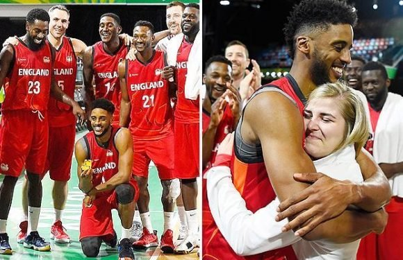 Commonwealth Games 2018: England basketball stars Jamell Anderson and Georgia Jones get engaged on court
