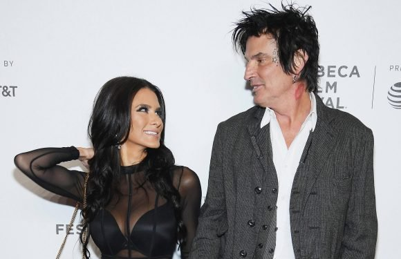 Tommy Lee is teaching social media star fianceé to put her phone down