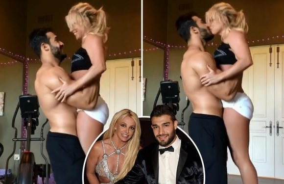 Britney Spears and topless boyfriend Sam Asghari kiss during sexy dance routine