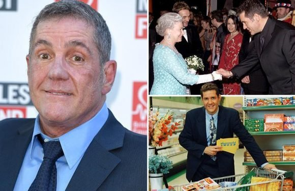 Dale Winton dead aged 62 – Supermarket Sweep and National Lottery host passes away
