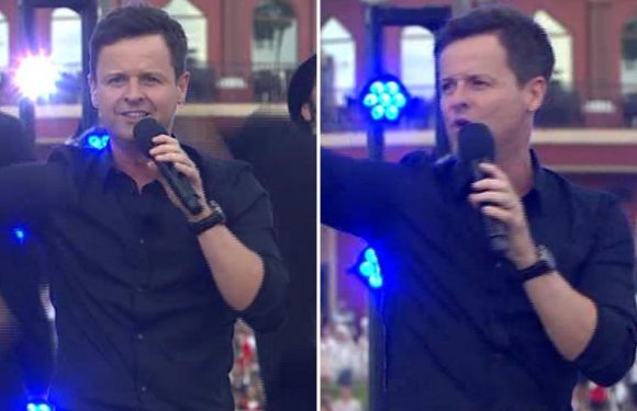 Declan Donnelly leaves Saturday Night Takeaway viewers in tears as he performs Everybody Needs Somebody without Ant McPartlin