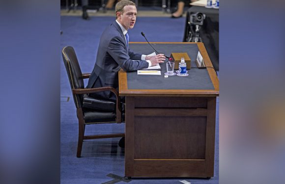 Mark Zuckerberg used a booster seat to testify before Congress
