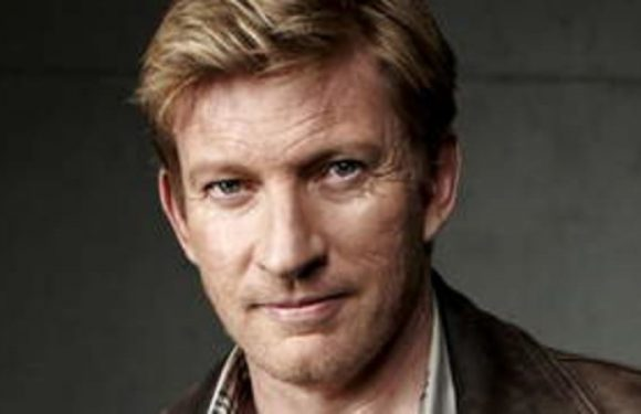 David Wenham reveals what he stole from the movie set of 300