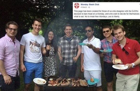 Cambridge students host barbecue protest against 'meat-free Mondays'