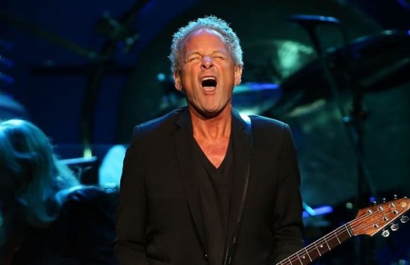 Go your own way: Buckingham speaks out about Fleetwood Mac departure