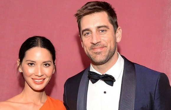 Before Danica Patrick: A Look Back At the Other Famous Women Aaron Rodgers Dated