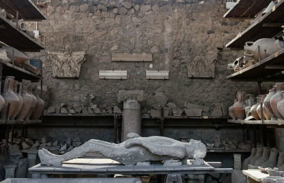 Archaeologists In Pompeii Have Made The Spectacular Find Of An 'Alley Of Balconies' And Gorgeous Homes