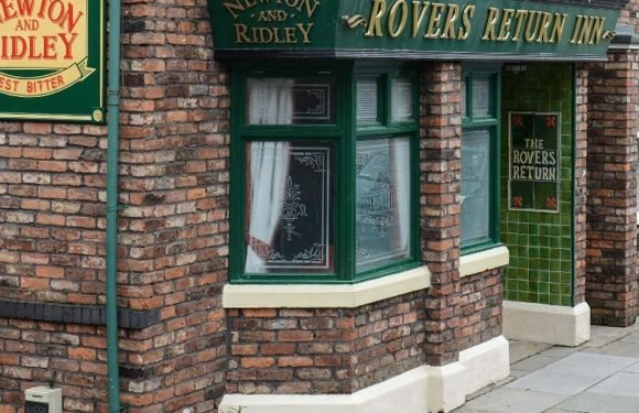 Shock bid to buy Corrie's Rovers Return and turn it into a trendy cocktail bar