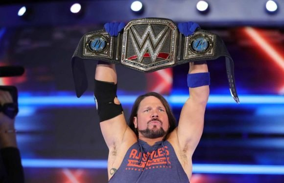 WWE set for £1bn windfall as with new TV deal for SmackDown LIVE