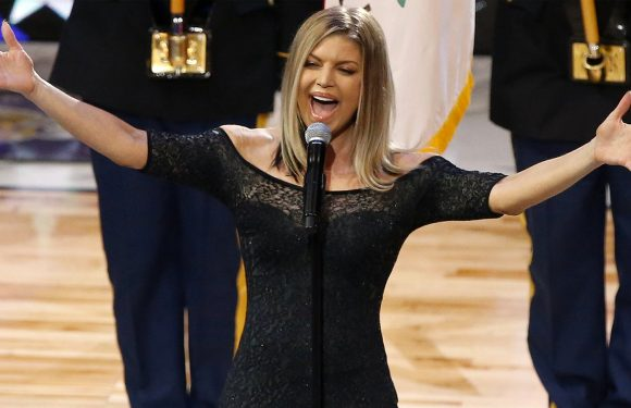 Fergie Slammed For Hilarious National Anthem Performance