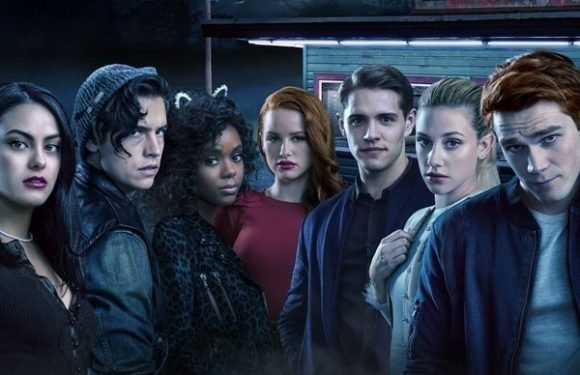 'Riverdale' Finally Revealed The Black Hood's Identity In Its Wildest Episode Ever