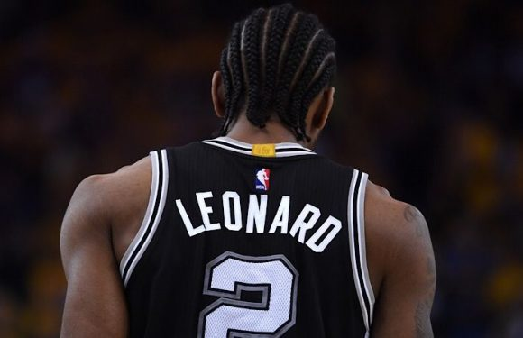 The San Antonio Spurs Will Either Pay Kawhi Leonard The Supermax Or Trade Him