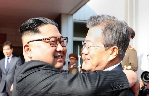 Kim Jong-un meets South Korea's leader in bid to rescue US peace summit
