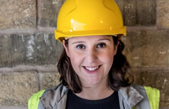 Female builder reveals what it's like working on a construction site pregnant