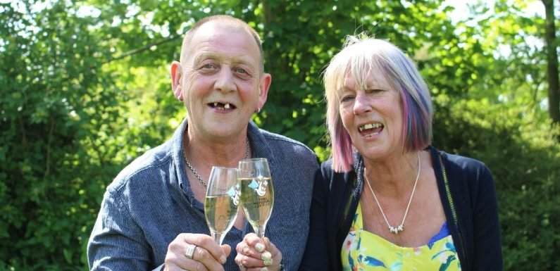 Gap-toothed plasterer vows to keep wonky teeth after wife wins £1m on lottery