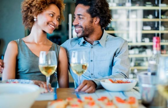 Couples who eat seafood have more sex, study reveals