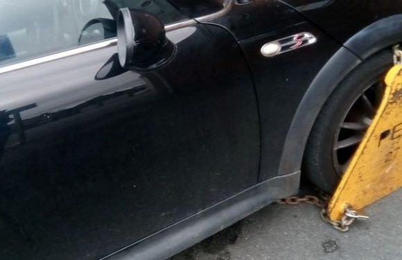 Rapid response nurse has car clamped at own hospital and has to pay £60 fine