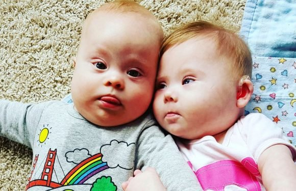 Incredible bond between two toddlers with Down's syndrome who met as babies