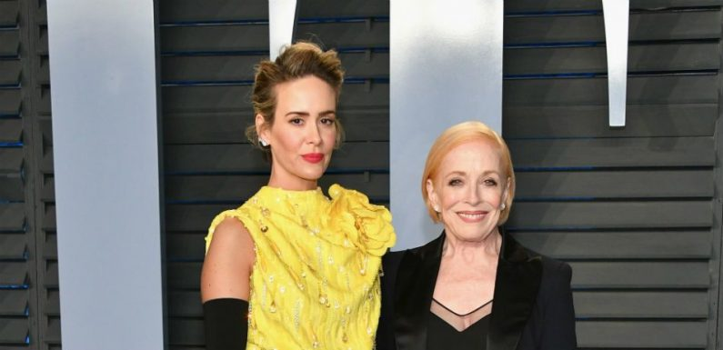 Sarah Paulson Responds To Critics That Criticize Her Relationship With Holland Taylor