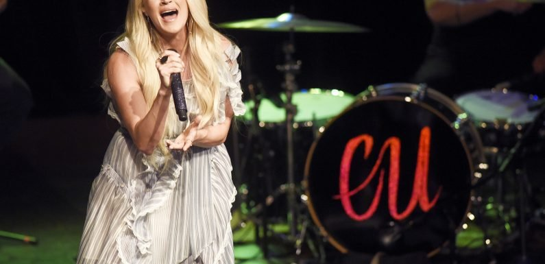Carrie Underwood Feels the Music During a Performance, Plus Kaia Gerber, Selma Blair and More