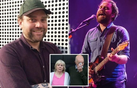 Scott Hutchison dead – Body found in marina is Frightened Rabbit frontman as devastated family pay tribute