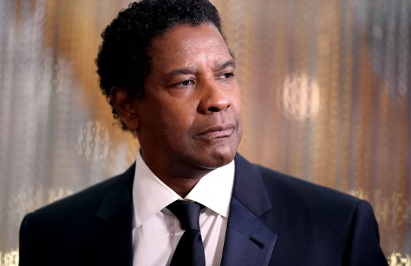Denzel jokes around with up-and-coming theater directors