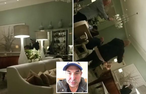 Meghan Markle's Suits co-star Rick Hoffman performs karaoke at 1am after partying at the Royal Wedding