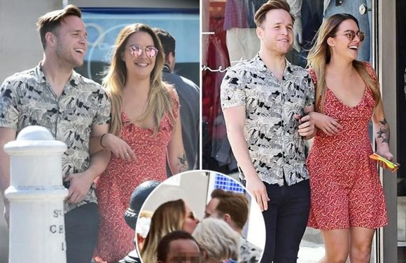 Olly Murs spotted kissing South African lingerie model Jaimie-Beth Geraghty in the street