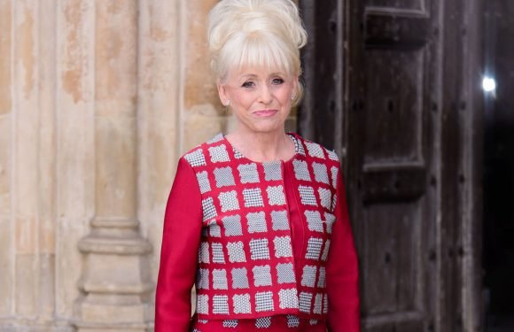 Barbara Windsor 'thrilled to bits' by public reaction to Alzheimer's news, Jane Moore reveals on This Morning