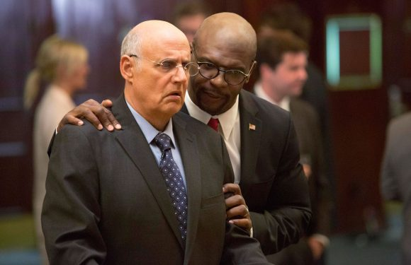 Netflix submits Jeffrey Tambor's 'Arrested Development' role for Emmy consideration