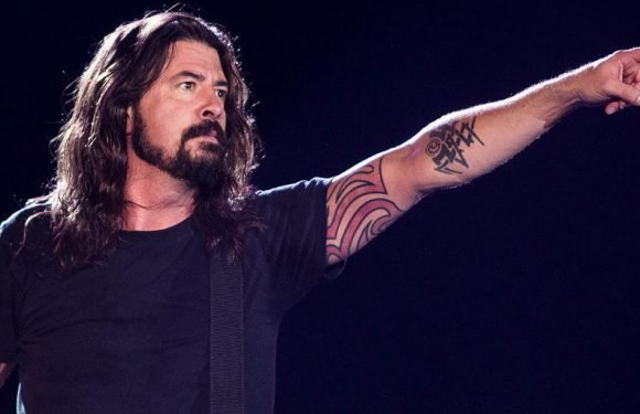 Foo Fighters' Dave Grohl says he still can't listen to Nirvana
