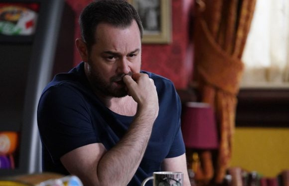 EastEnders' Carmel Kazemi blames Mick Carter for Shakil's death next week