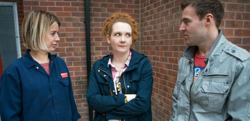 Coronation Street hints at new love triangle as Fiz gets jealous over Tyrone and Abi