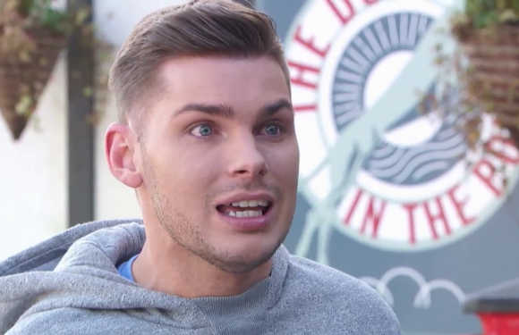 Hollyoaks' Ste Hay is outraged by Leah's controversial decision tonight