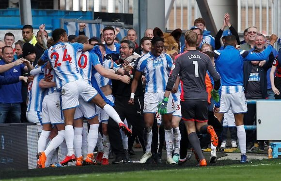 Huddersfield players to bank £10m bonus if they avoid Premier League relegation