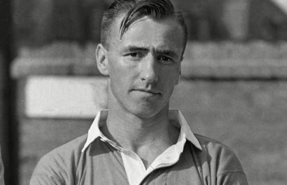 Phil McKnight dead: Former Chelsea and Leyton Orient star tragically passes away at 93