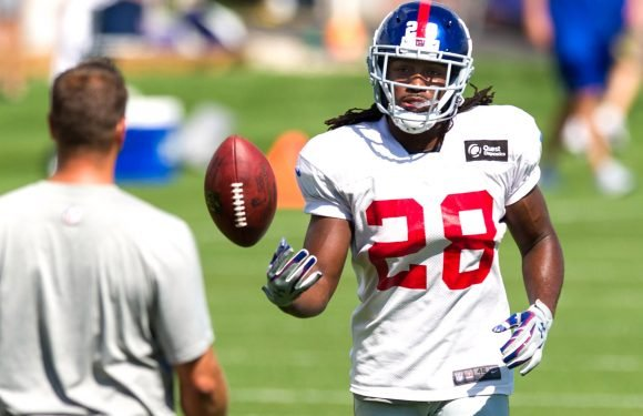 Giants cut their one-time starting running back