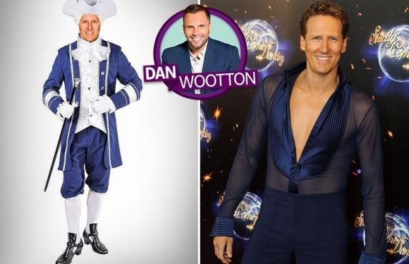 Sacked Strictly star Brendan Cole swaps pasodoble for panto to play Prince Charming in Snow White