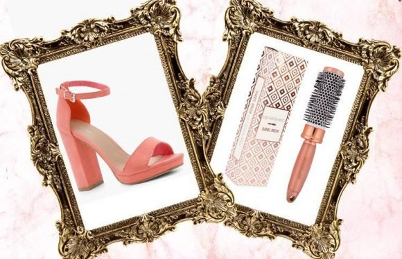 From a rose gold barrel brush to glossy peach heels…here's what we're lusting after today