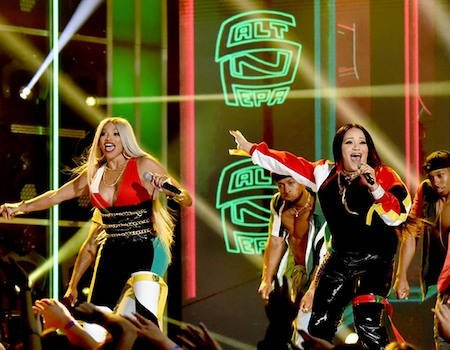 Salt-N-Pepa and En Vogue Transport Us Back to the '90s at BBMAs