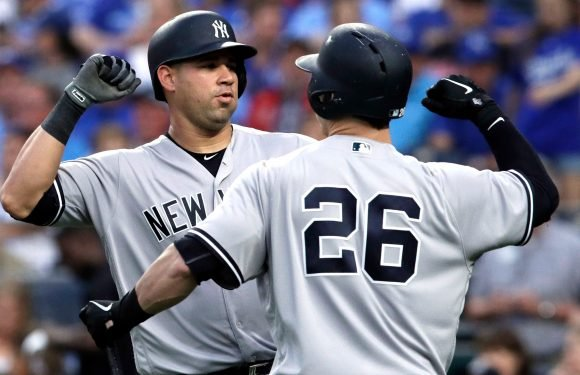 Yankees blast five homers in bounce-back win over Royals