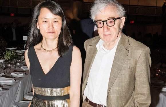Woody Allen and Soon-Yi's daughter defends him from sexual abuse claims