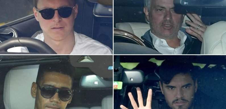 Manchester United players arrive at training for first time since hearing of Sir Alex Ferguson's shock brain haemorrhage operation