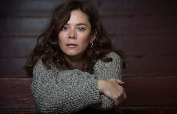 Anna Friel says northern actors work harder because they lack 'connections'