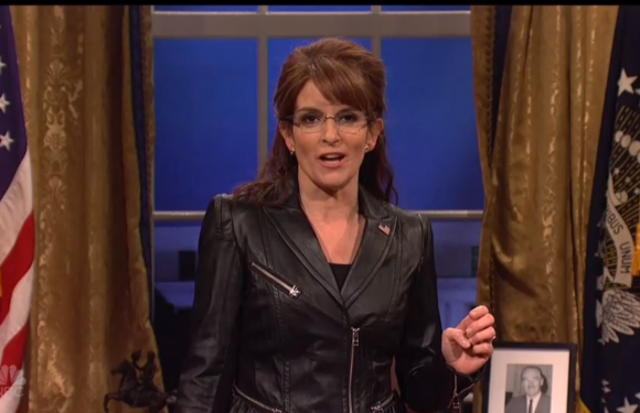 'Saturday Night Live' Finale: Tina Fey Reprises Sarah Palin Role (Watch)
